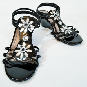 Attention Gloss Wedge Sandals